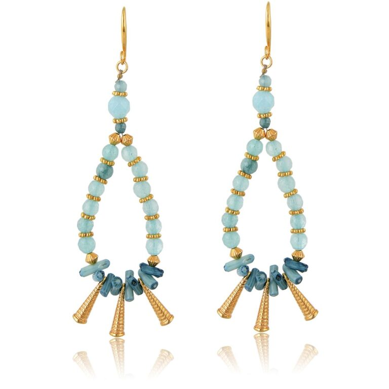 HandmadeBoho drop-earrings, made with mint polygonal jade beads, and 24K gold-plated elements. An absolute summer combination of mint, bright green and gold, these earrings complete perfectly your everyday look and are an ideal choice for casual or formal looks. Combine them with the necklaces of the Bohemian Queen series for a complete look!