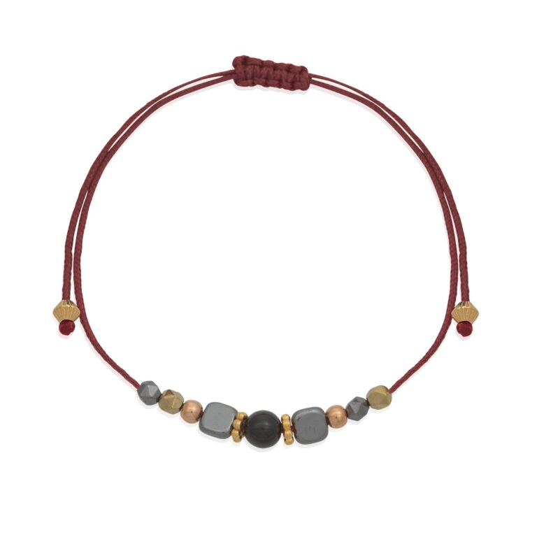 """This delicate bracelet is an eye-catcher at your wrist. A series of multi shape hematite beads nicely framing a round onyx bead. The bracelet is adjustable. Stack it with other bracelets from our """"Bracelet collection"""" and create bold statement looks!"""